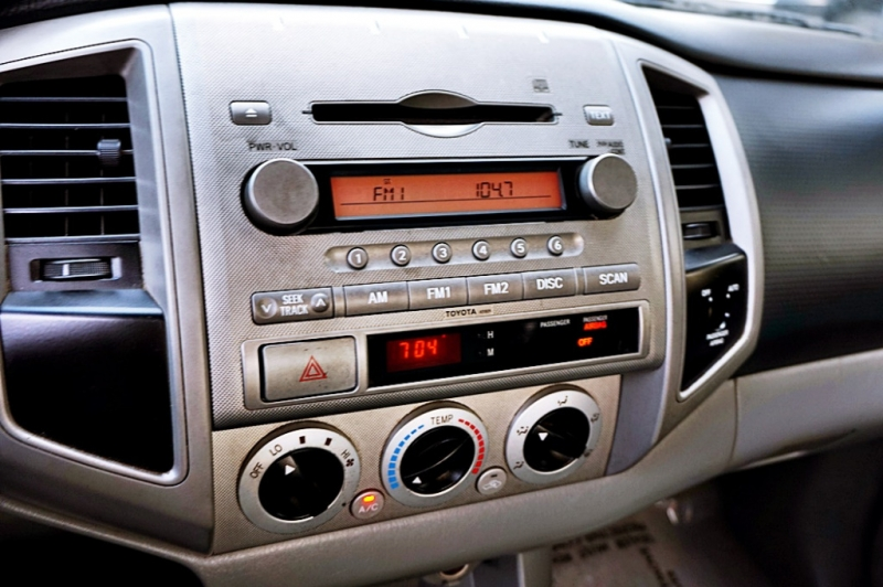 Toyota Tacoma 2006 price $8,950
