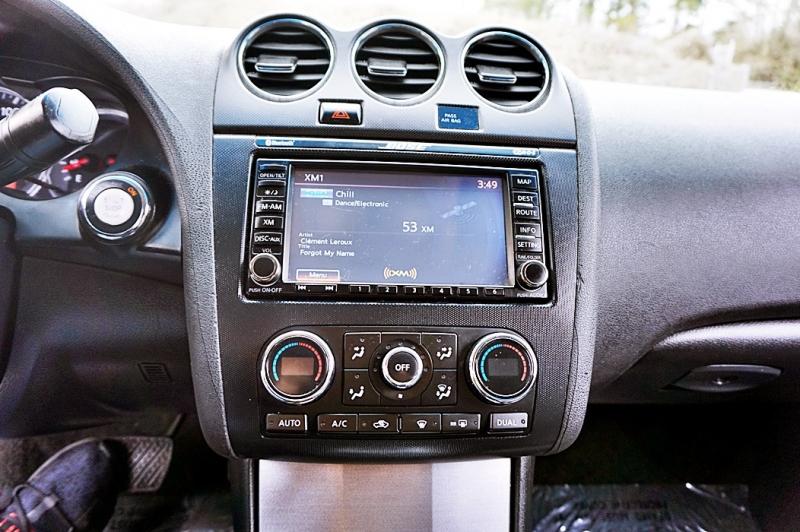 Nissan Altima 2011 price $5,900