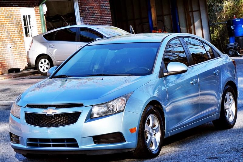 Chevrolet Cruze 2012 price $3,900