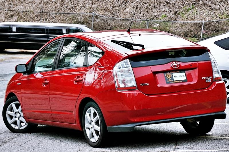 Toyota Prius 2008 price $5,950