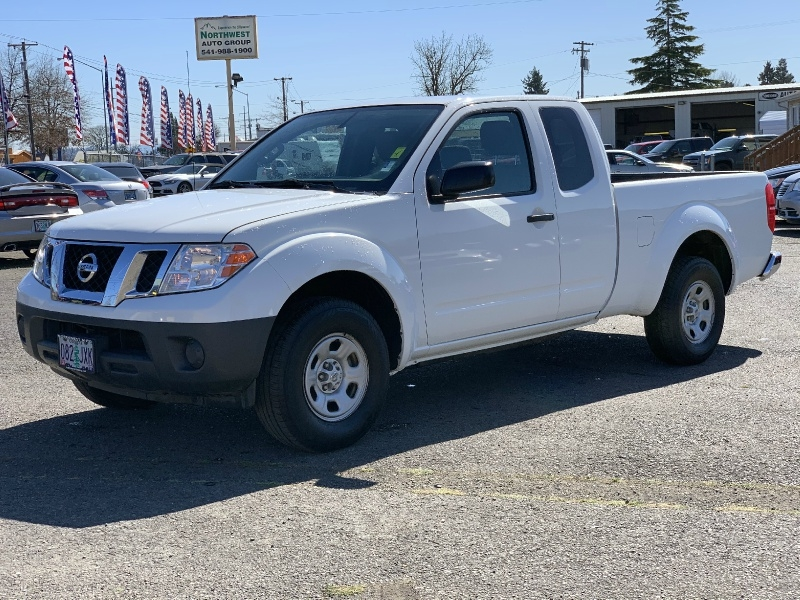 Nissan Frontier 2016 price $10,980