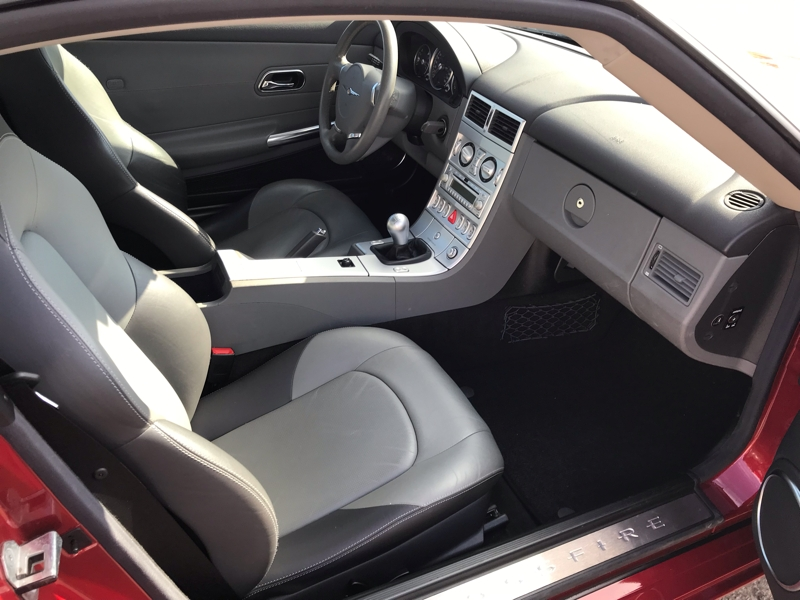 Chrysler Crossfire 2006 price $7,980
