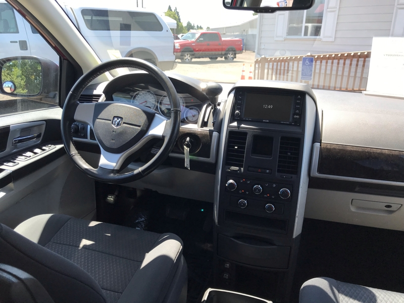 Dodge Grand Caravan 2010 price $8,980