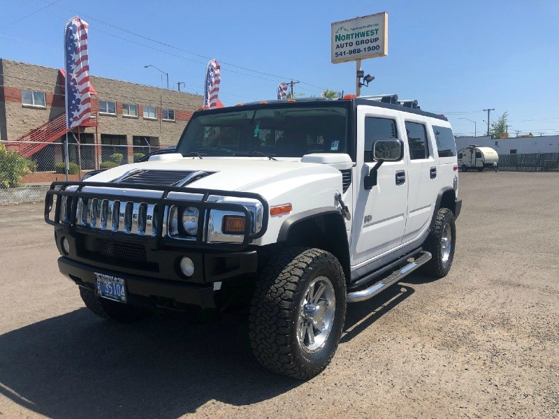 Hummer H2 2004 price $17,980