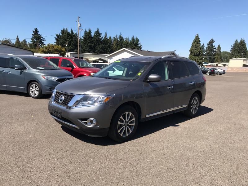 Nissan Pathfinder 2016 price $25,980