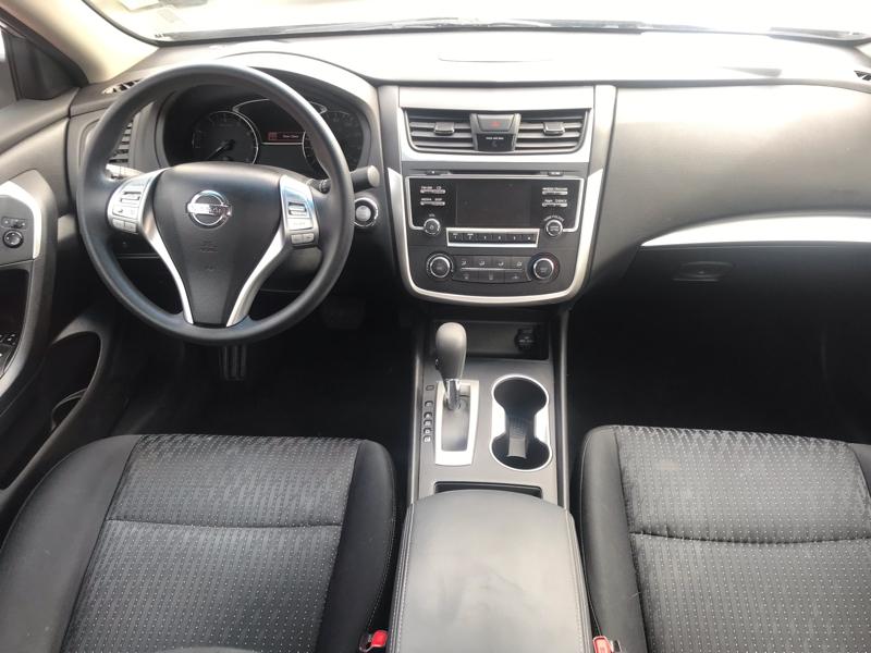 Nissan Altima 2016 price $12,980