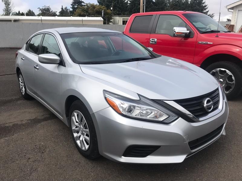 Nissan Altima 2016 price $14,980