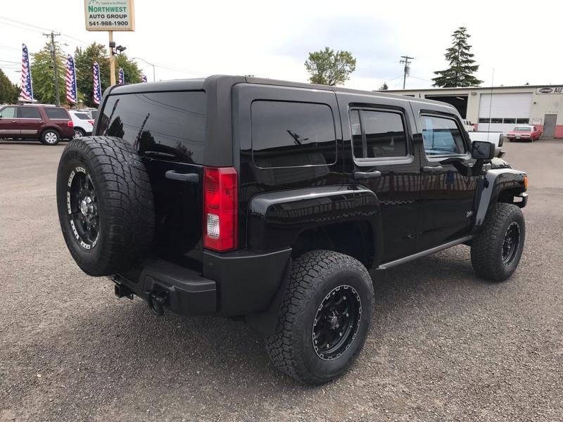 Hummer H3 2007 price $9,980