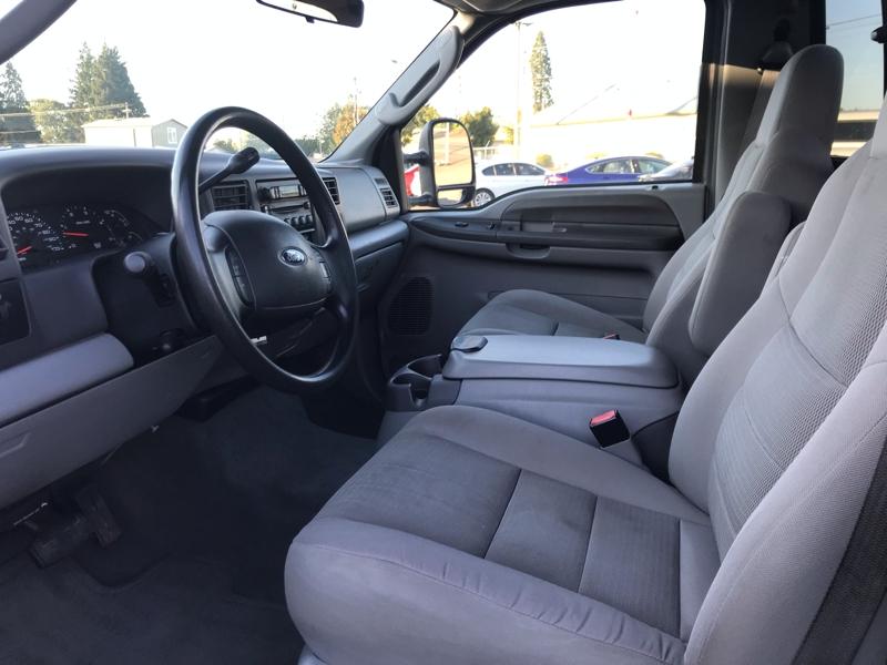 Ford Super Duty F-350 DRW 2004 price $12,980