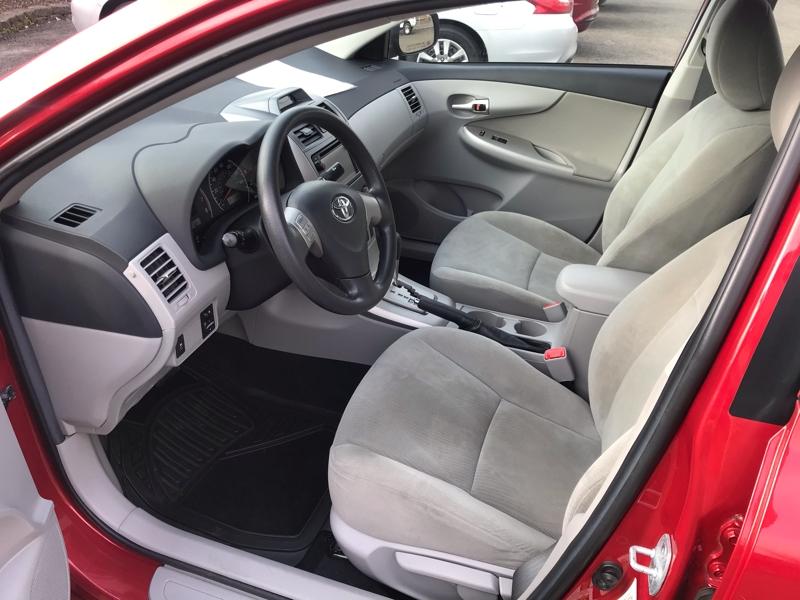 Toyota Corolla 2013 price $8,980