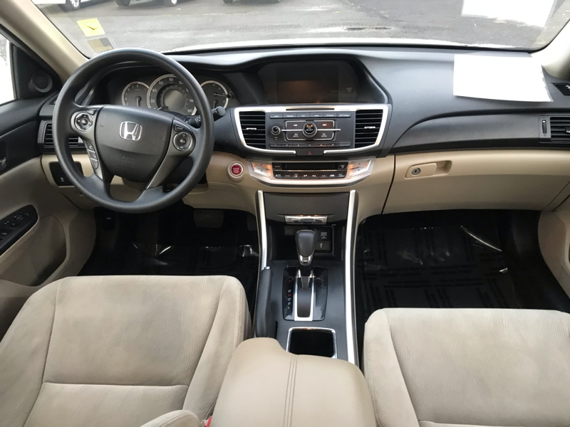 Honda Accord Sdn 2013 price $12,480