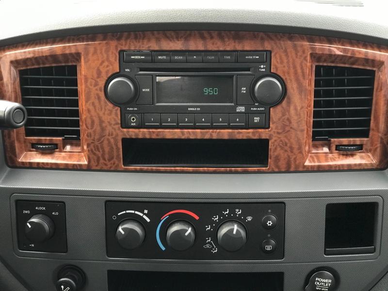 Dodge Ram 2500 2006 price $18,980