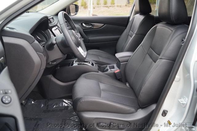 Nissan Rogue 2017 price $24,998