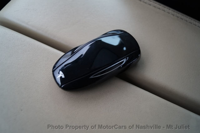 Tesla Model S 2013 price $33,499