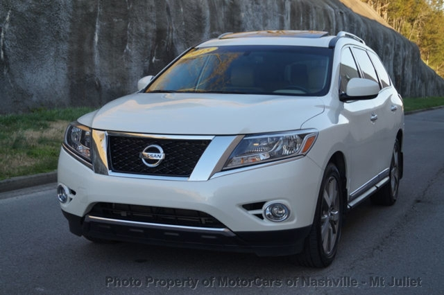Nissan Pathfinder 2016 price $24,998