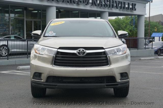 Toyota Highlander 2016 price $19,899