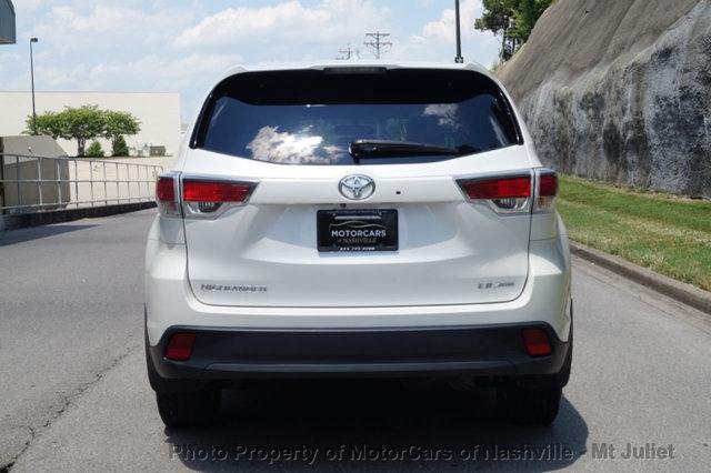 Toyota Highlander 2016 price $25,699