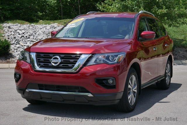 Nissan Pathfinder 2018 price $21,411