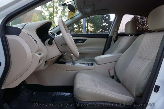 Nissan Altima 2016 price $15,425