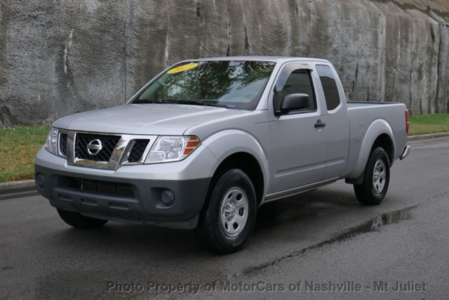 Nissan Frontier 2017 price $14,998