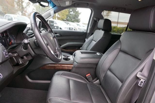 Chevrolet Suburban 2019 price $33,599