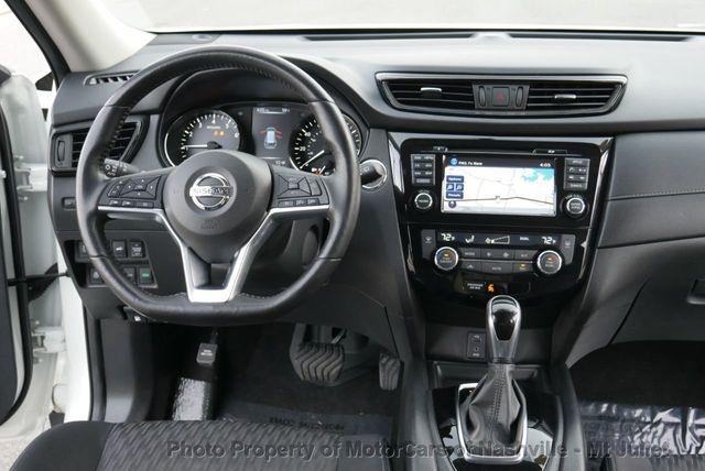 Nissan Rogue 2017 price $16,799