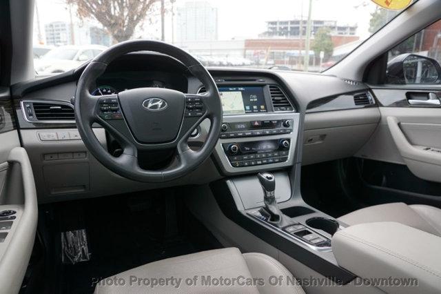 Hyundai Sonata Hybrid 2016 price $15,699