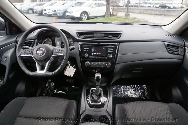Nissan Rogue 2017 price $15,799