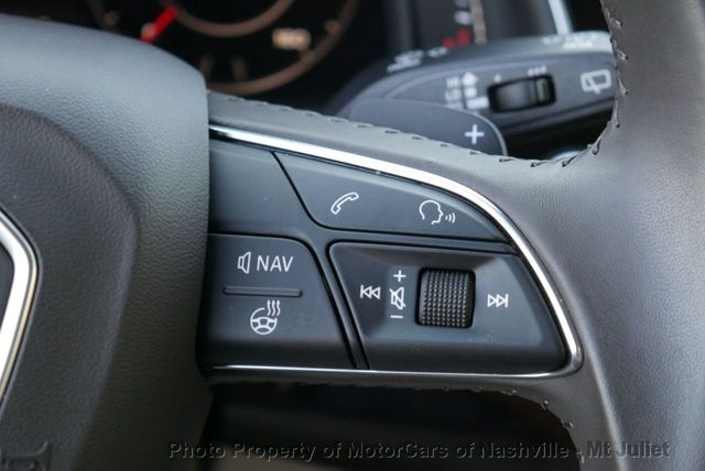 Audi Q7 2018 price $42,799