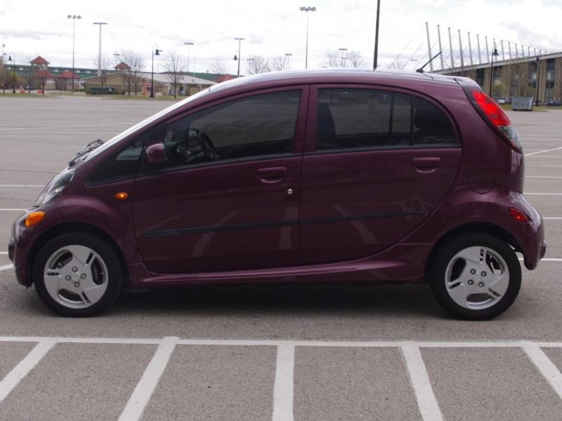 Mitsubishi i-MiEV 2012 price $4,995