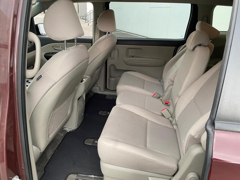 Kia Sedona 2019 price $19,995