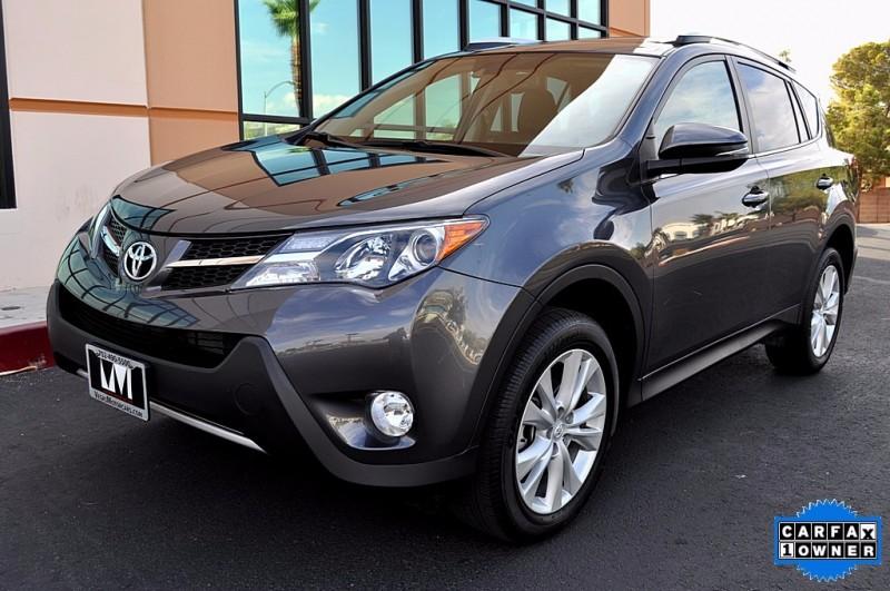 2015 Toyota RAV4 - AWD Limited - Navigation