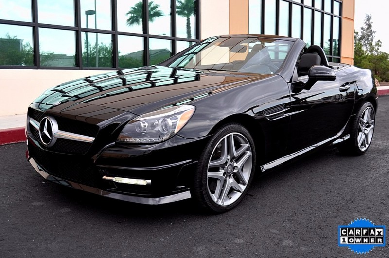 2014 Mercedes-Benz SLK250 - Panoramic Roof