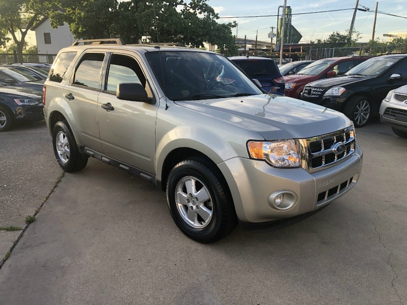 Ford Escape 2012 price $5,999
