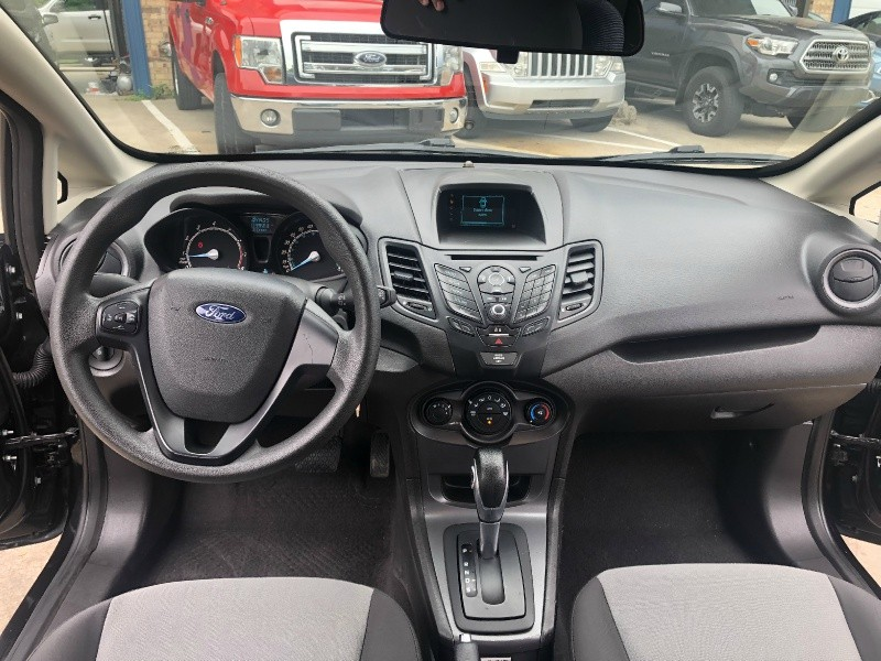 Ford Fiesta 2015 price $6,595