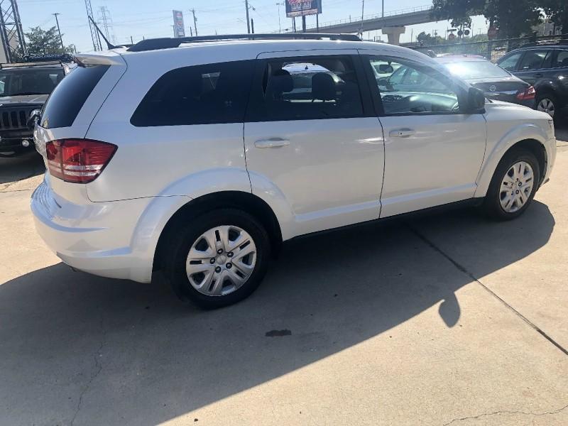 Dodge Journey 2017 price $10,999