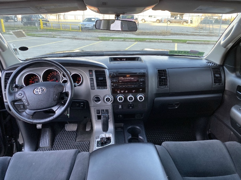 Toyota Sequoia 2011 price $14,500