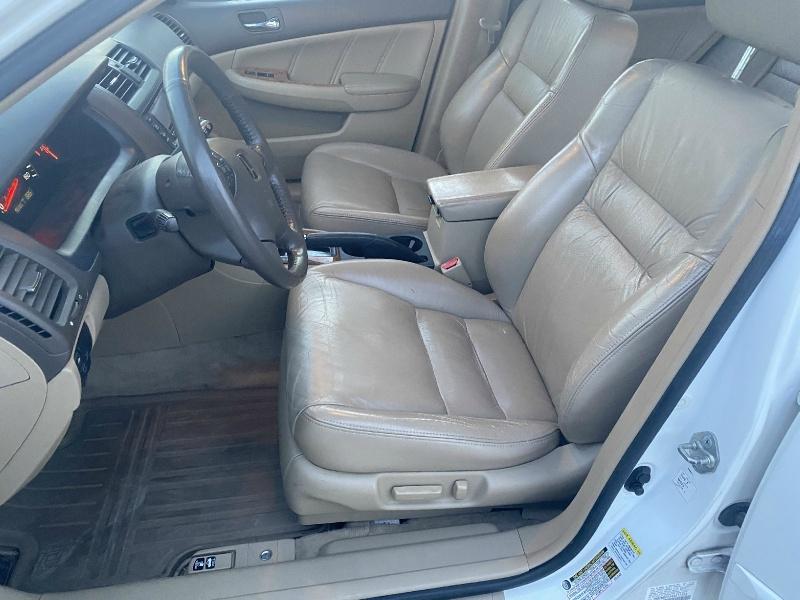 Honda Accord Sdn 2004 price $3,495