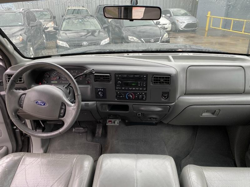 Ford Super Duty F-250 2003 price $8,495