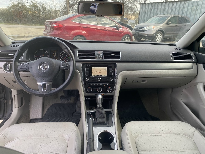 Volkswagen Passat 2014 price $6,800