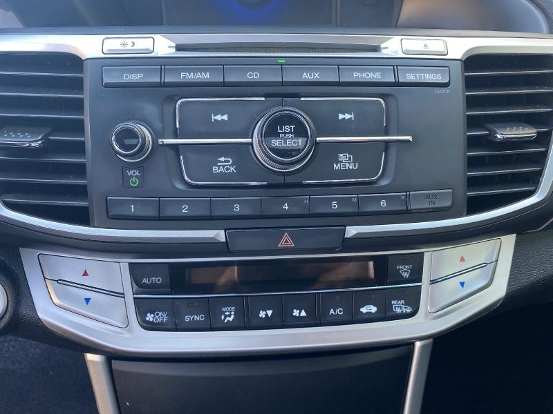 Honda Accord Sedan 2015 price $12,400