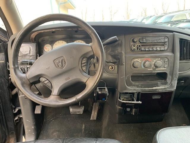 Dodge Ram 1500 2002 price $3,000 Cash