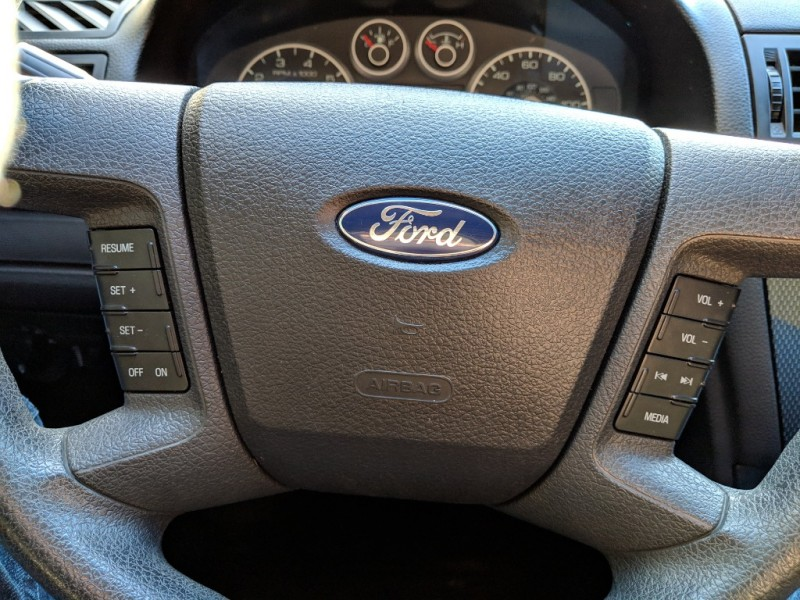 Ford Fusion 2007 price $2,998 Cash