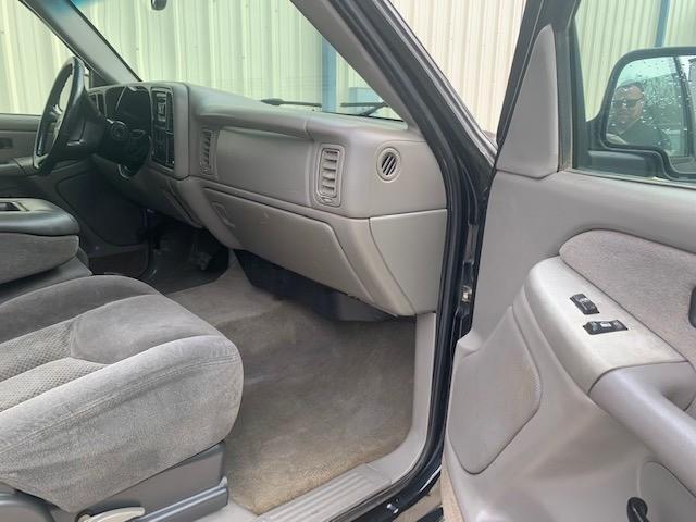 Chevrolet Silverado 2500HD 2002 price $5,998 Cash
