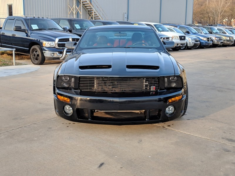 Ford Mustang 2006 price $13,000 Cash