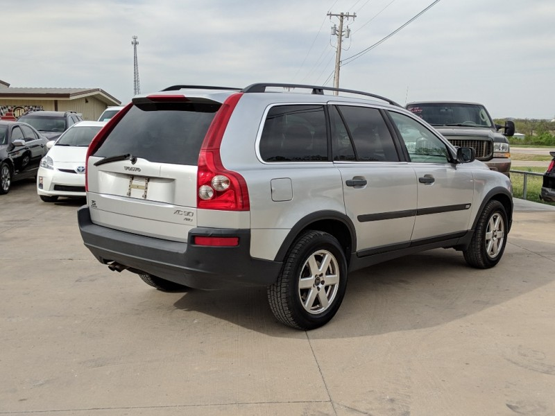 Volvo XC 90 2004 price $4,498 Cash