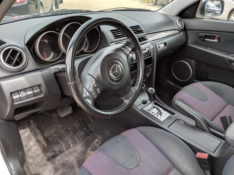 Mazda 3 2004 price $3,300 Cash