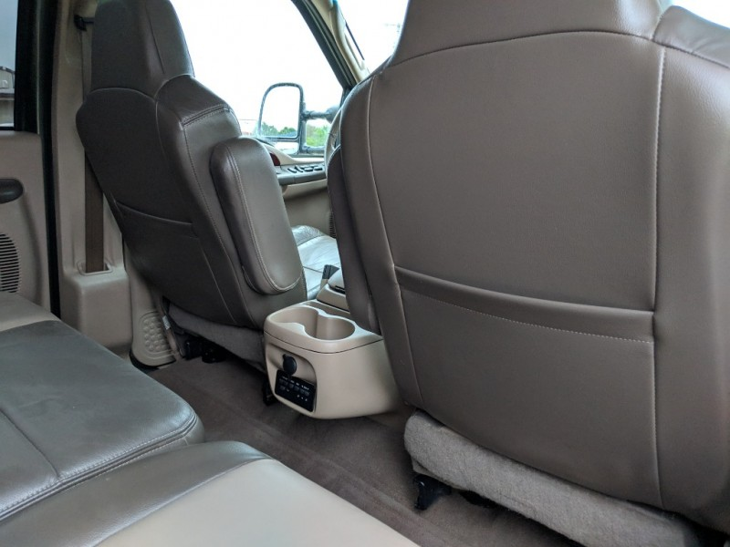 Ford Excursion 2003 price $9,000 Cash