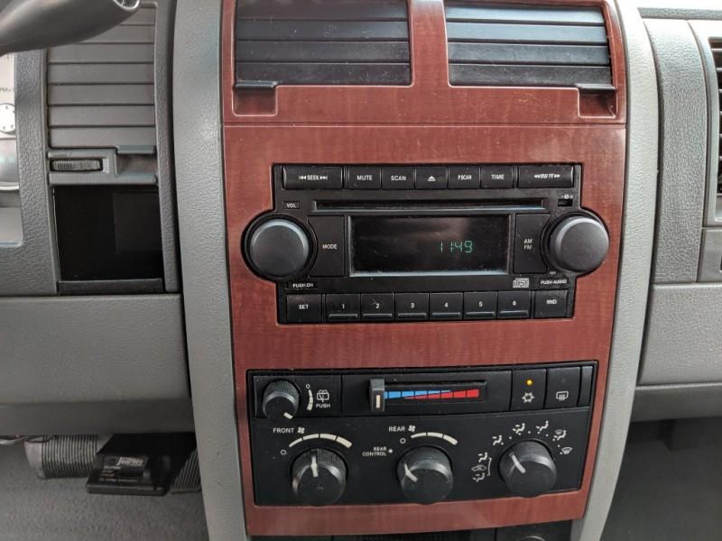 Dodge Durango 2004 price $2,700 Cash