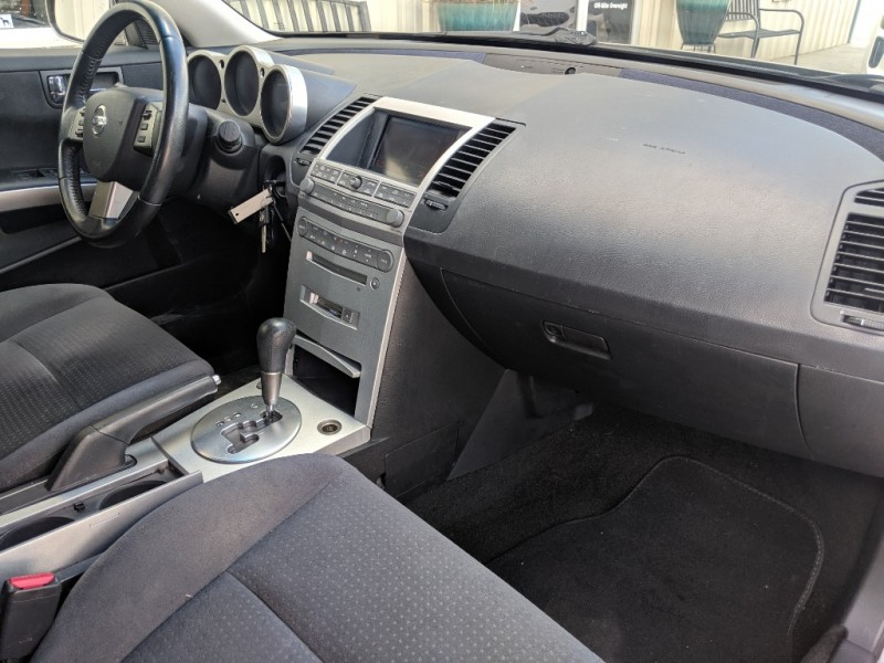 Nissan Maxima 2006 price $3,400 Cash